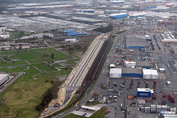 """Luftbild des """"Hafenbahnhofs"""" Imsumer Deich"""