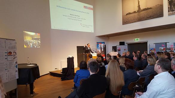 Senator Martin Günthner spricht beim Landestourismusforum