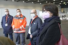 Gesundheitssenatorin Claudia Bernhard im Gespräch mit dem Deutschen Roten Kreuz (Foto: Deutsches Rotes Kreuz)